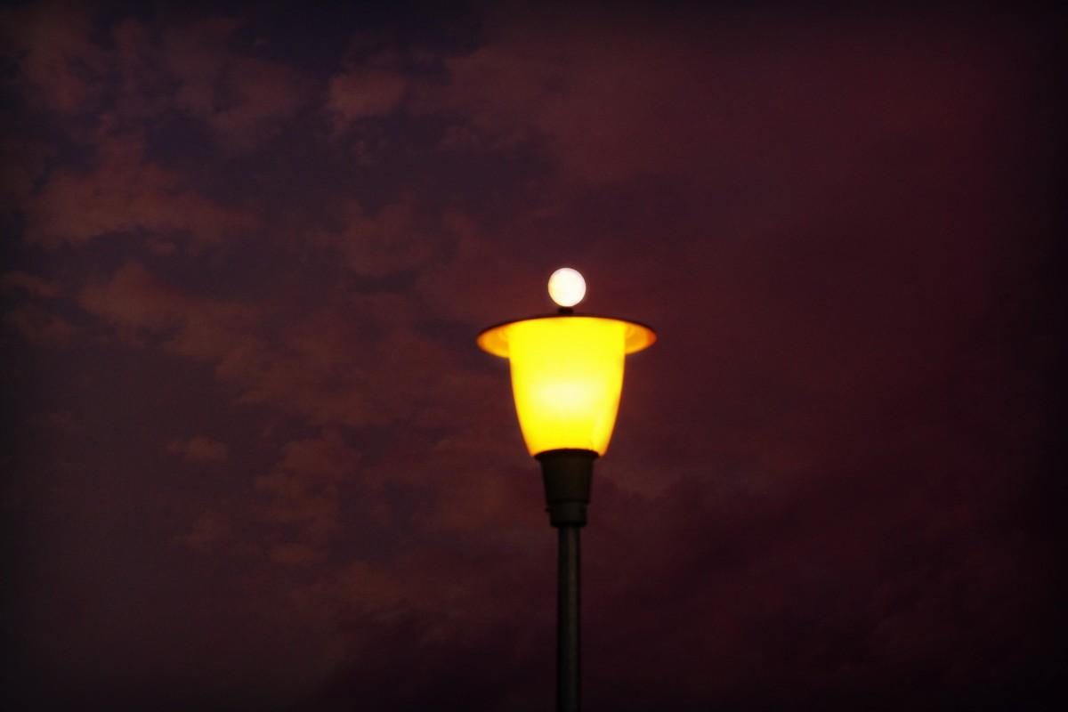 в свете фонарей картинки тон