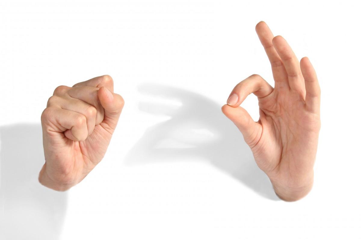 рука Палец рука Кулак Руки минимализм Хорошо большой палец Женские руки язык знаков смысл Действие человека