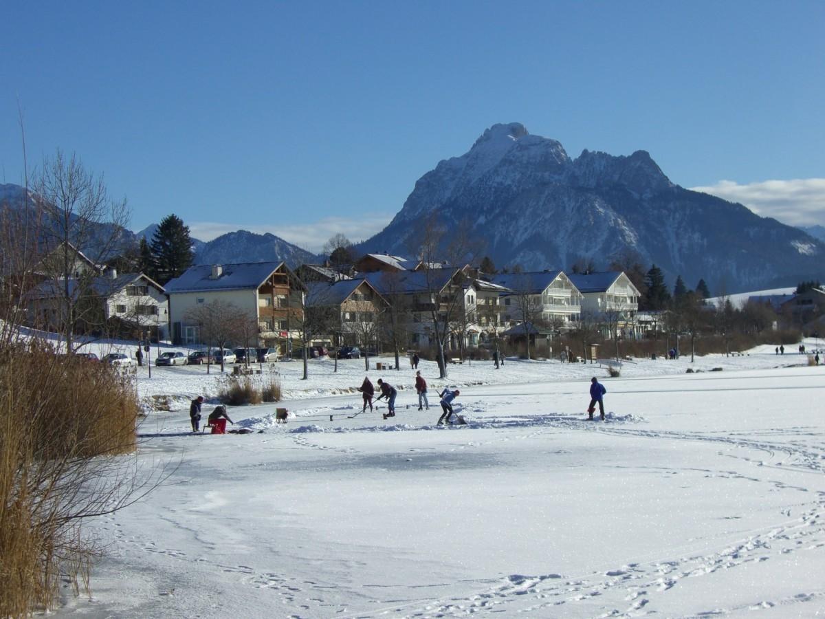 free images   man  snow  winter  girl  feet  skate  ice