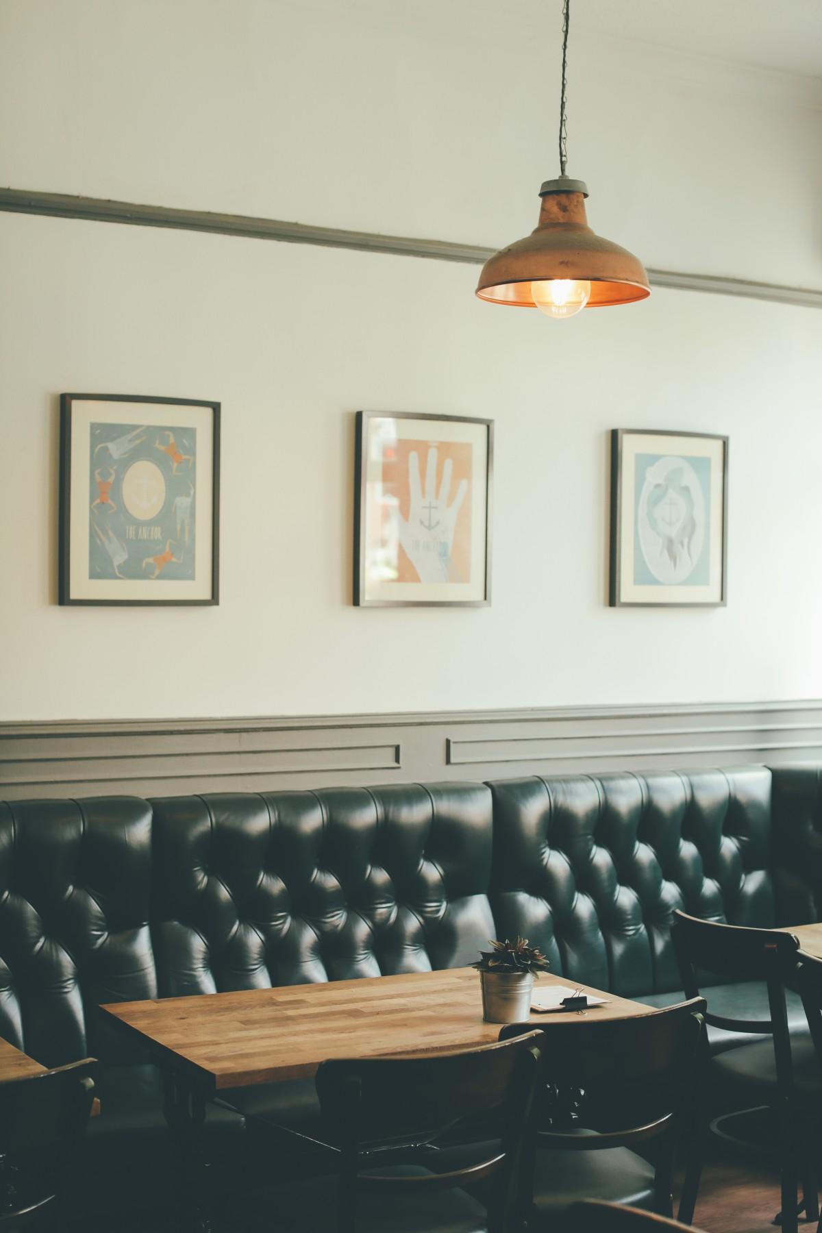Fotos gratis banco restaurante casa techo cocina for Diseno de iluminacion de interiores