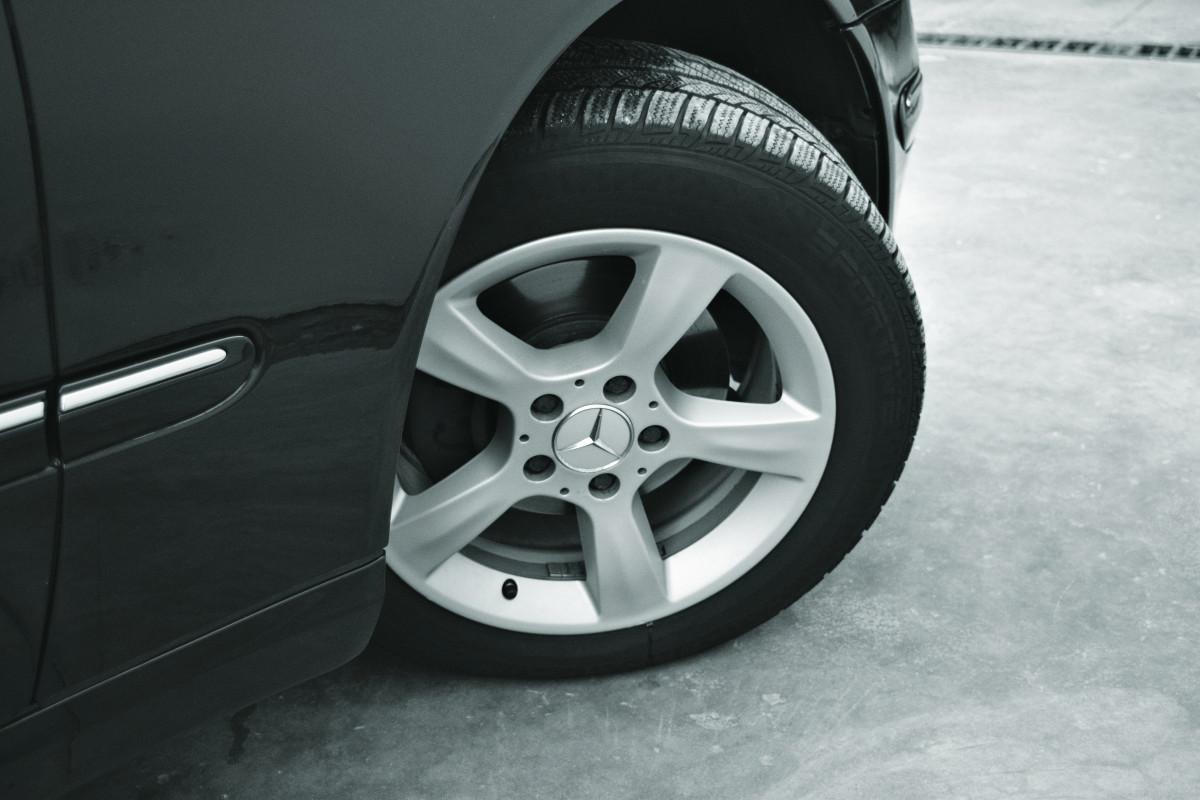Images gratuites route roue transport v hicule for Garage marque autos richemont