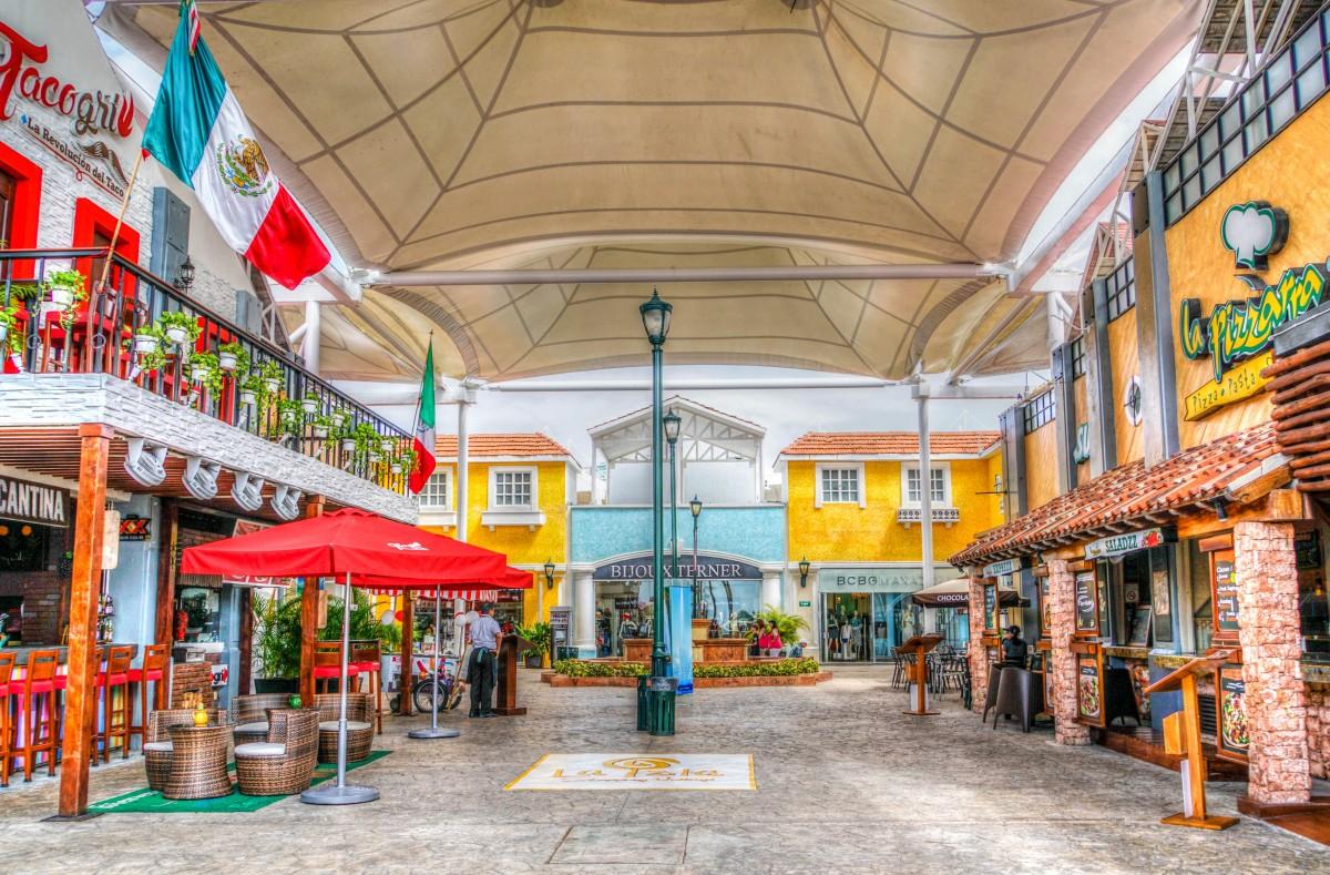 Isla Mujeres Food Market