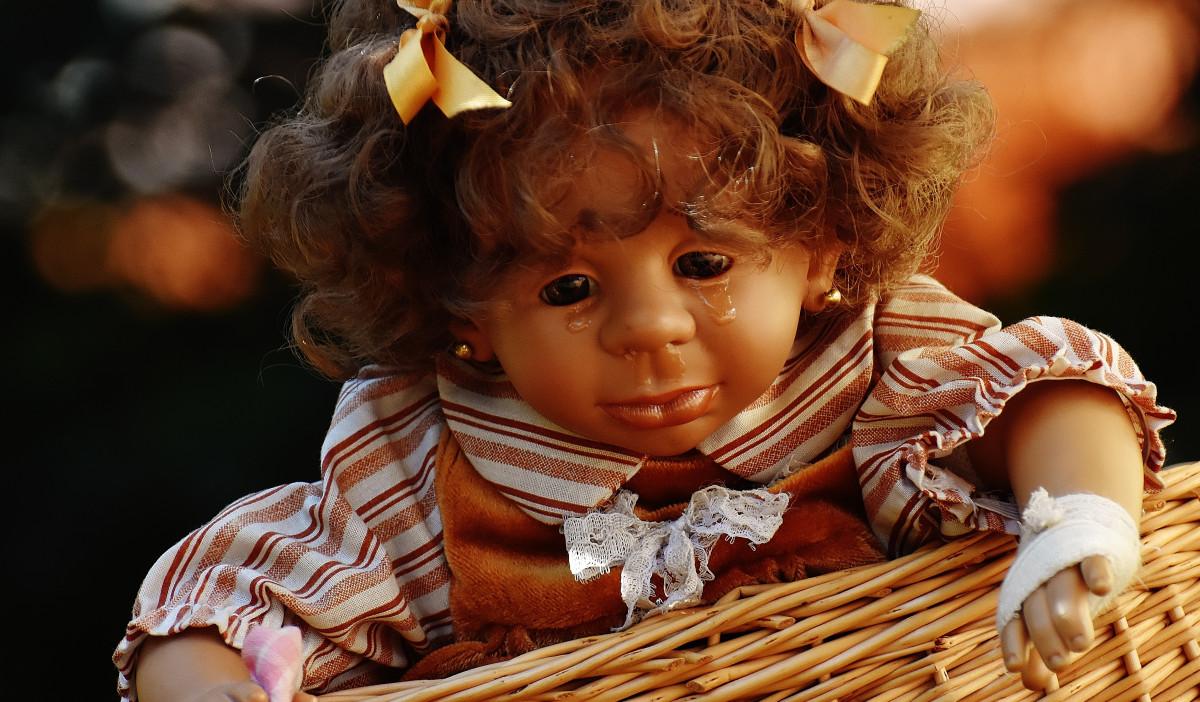 картинка кукла просыпается