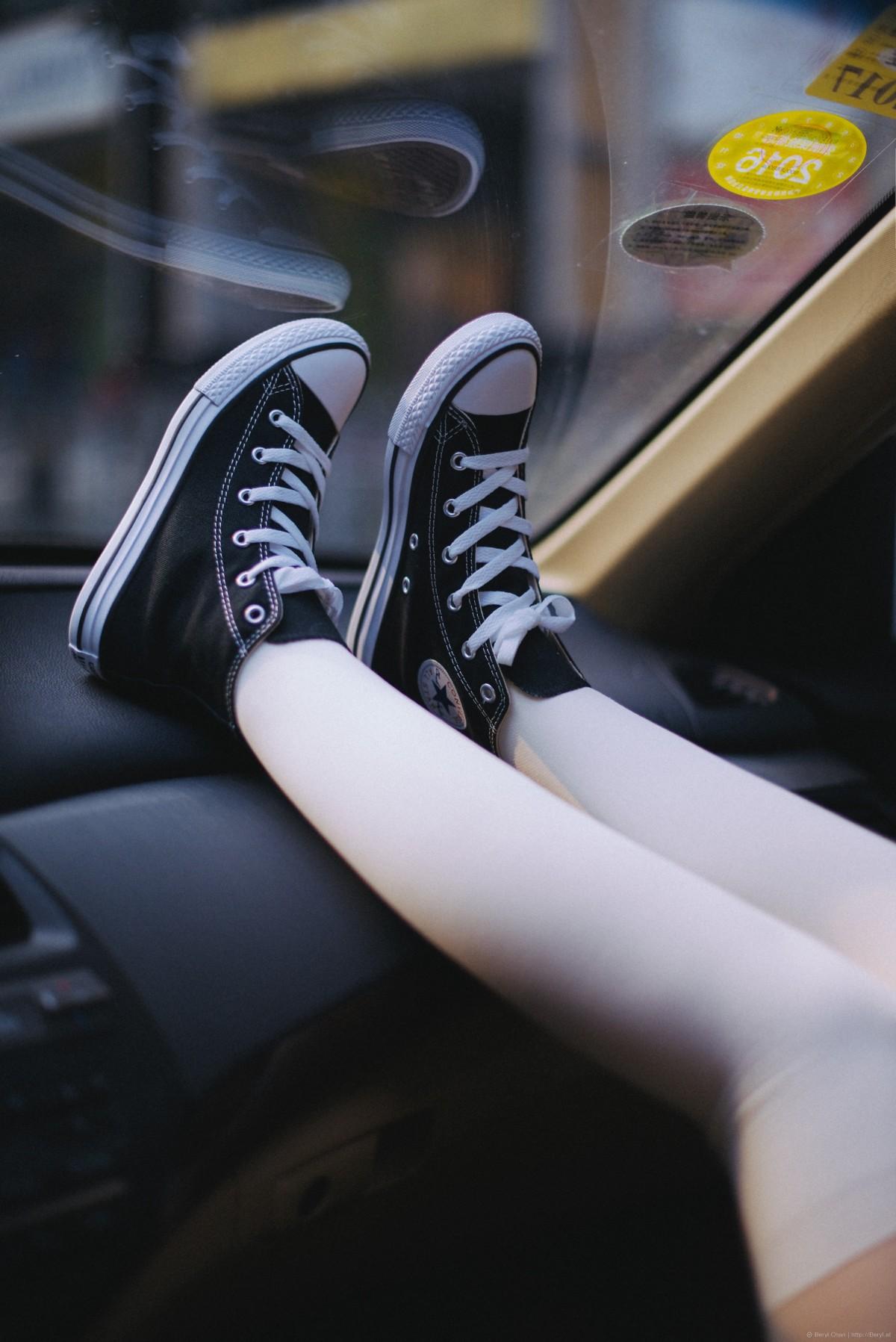 Free Images  Hand, Girl, White, Cute, Leg, Sneaker, Clean -8443