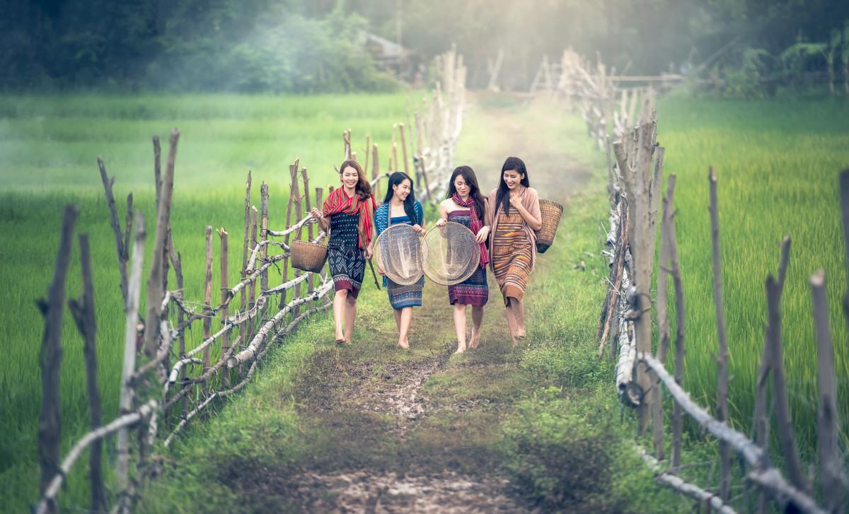девушки летом в деревне фото лидирует среди стран