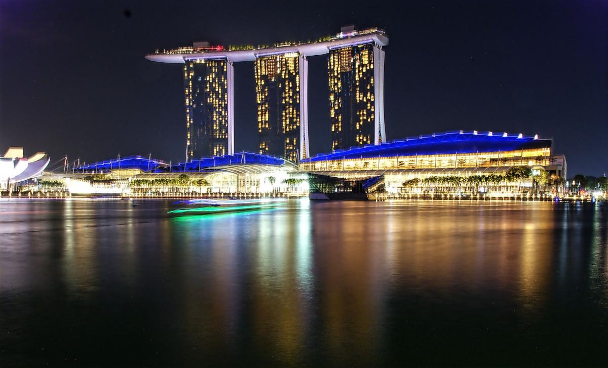 Images gratuites architecture structure horizon nuit for Un hotel ce soir