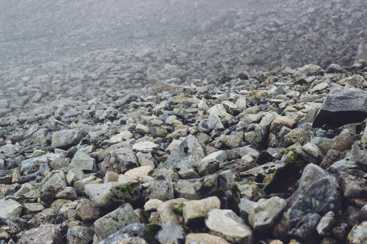 Gratis afbeeldingen zee kust rots berg kust kiezelsteen