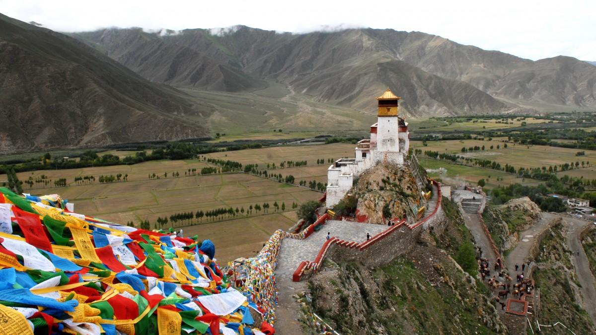 images gratuites montagne cha ne de montagnes bouddhisme sport extr me tourisme tibet. Black Bedroom Furniture Sets. Home Design Ideas