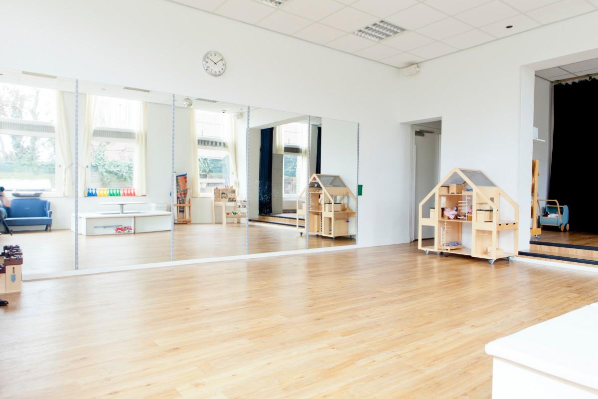 Images gratuites bois maison grenier propri t salon for Conception d architecture maison gratuite