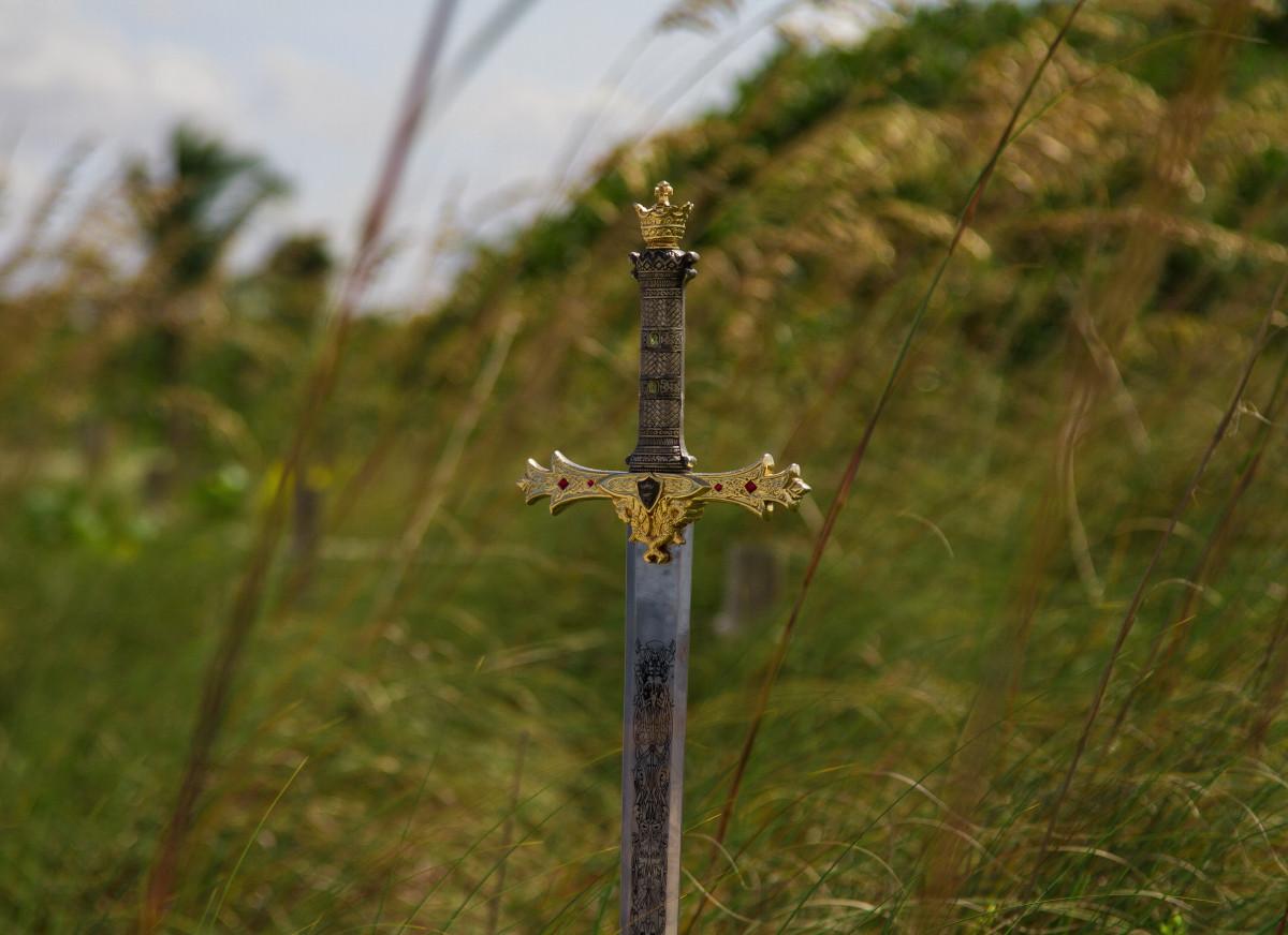 Dating militære sværd