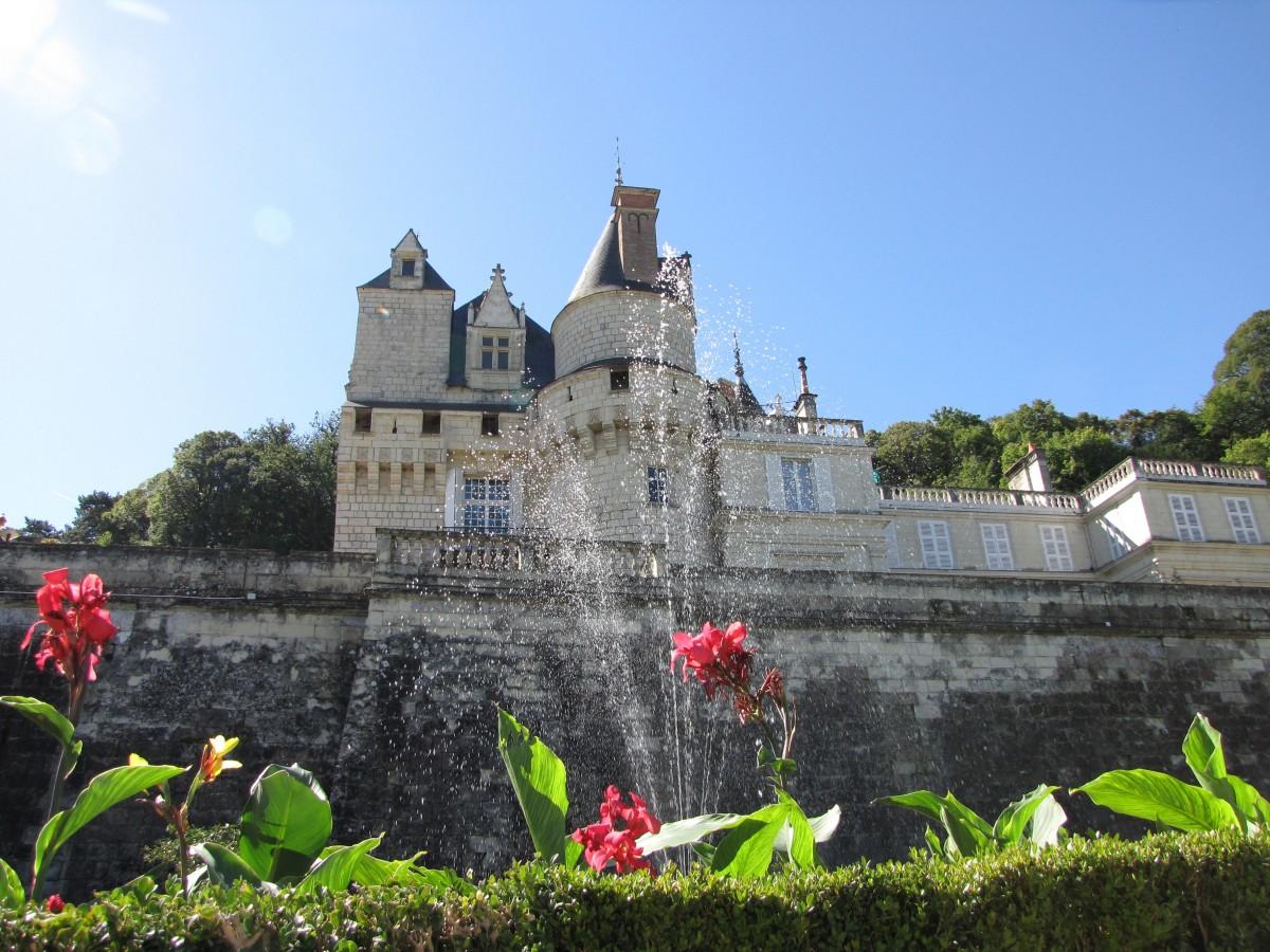 un château Martin 25 novembre trouvé par Martine Castle_rigby_usse_loire_valley_france-632942