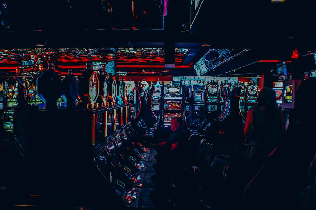 Free Images : gamble, slot machine, stage, casino, slots ...