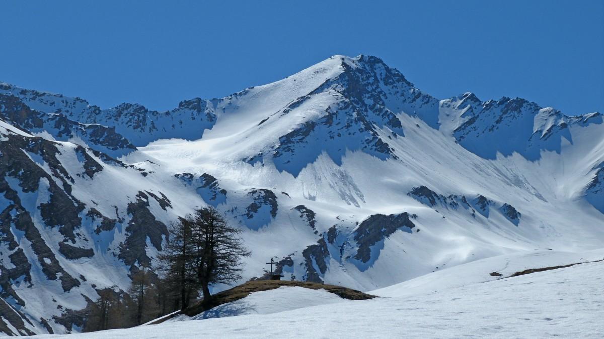 images gratuites paysage montagne neige hiver cha ne de montagnes m t o saison cr te. Black Bedroom Furniture Sets. Home Design Ideas