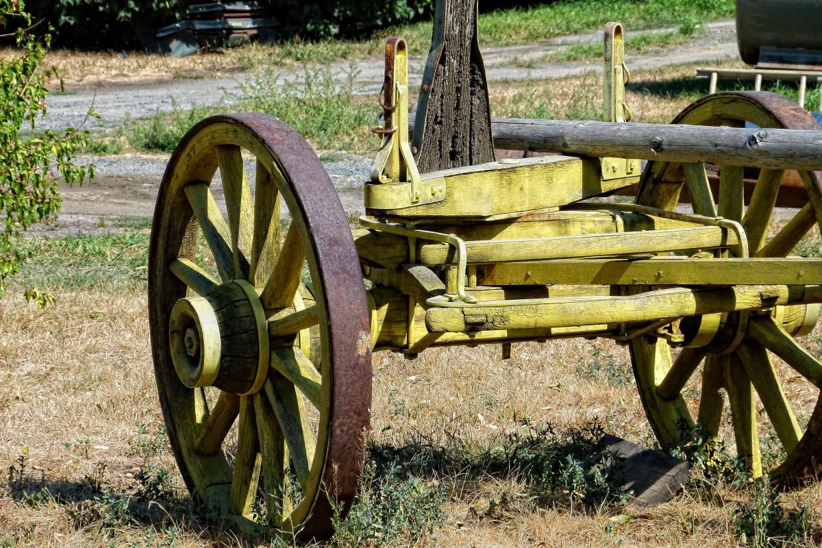 Images gratuites tracteur ferme roue chariot vieux transport v hicule jaune arme en - Chariot porte roue tracteur ...