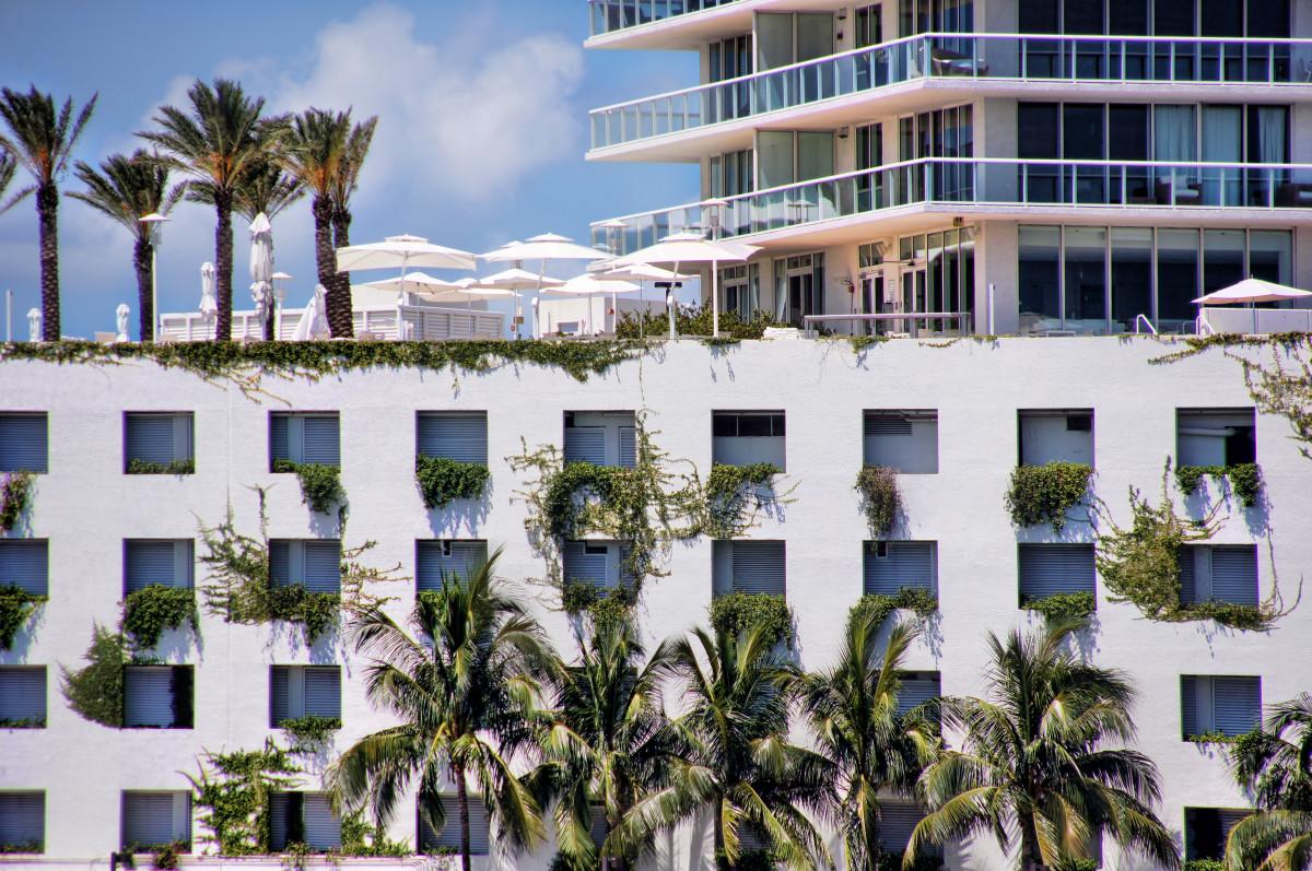 kostenlose foto meer dock w ste stadt ferien bucht eigentum yachthafen oase hotel. Black Bedroom Furniture Sets. Home Design Ideas