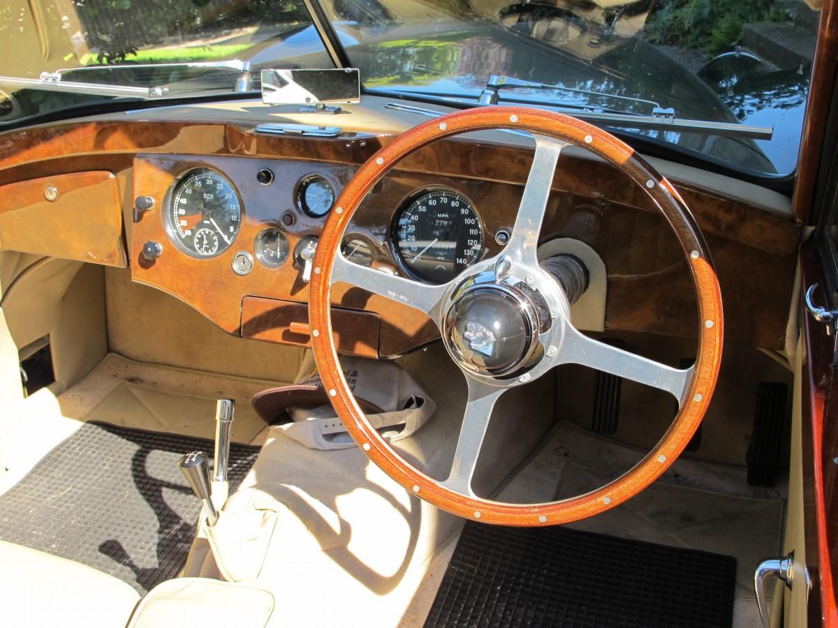 images gratuites roue volant voiture de sport v hicule moteur voiture ancienne. Black Bedroom Furniture Sets. Home Design Ideas