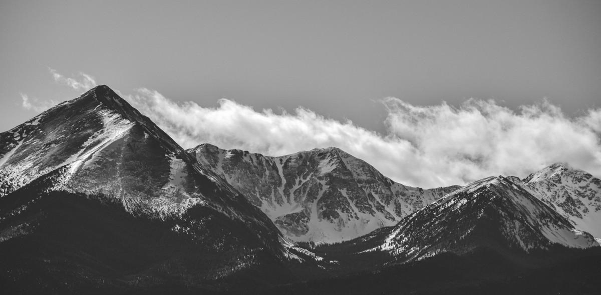 Черно белые картинки кавказ