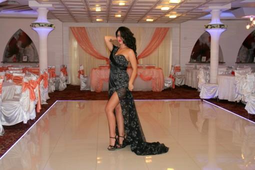 Images Gratuites : fille, restaurant, maquette, mode, noir, robe, fête, beauté, sensualité ...