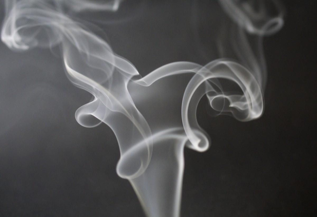 сигаретного дыма фотографии