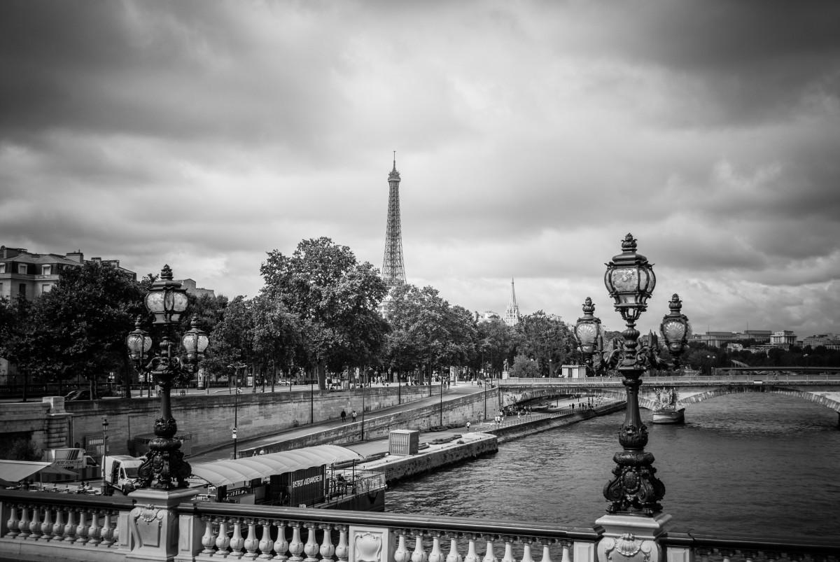 Images gratuites nuage noir et blanc pont horizon la for Photographie paris