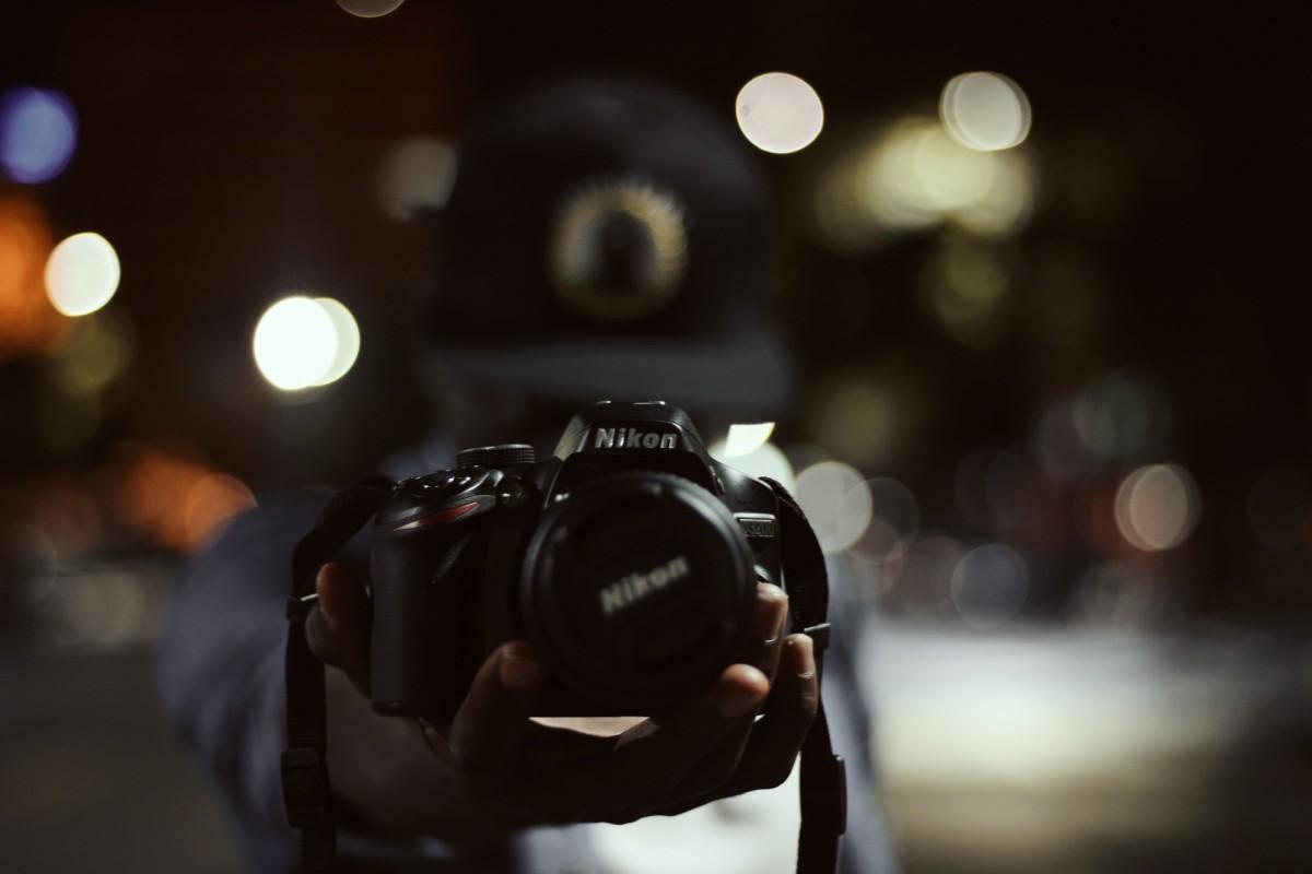 поможет учимся фотографировать ночью этого
