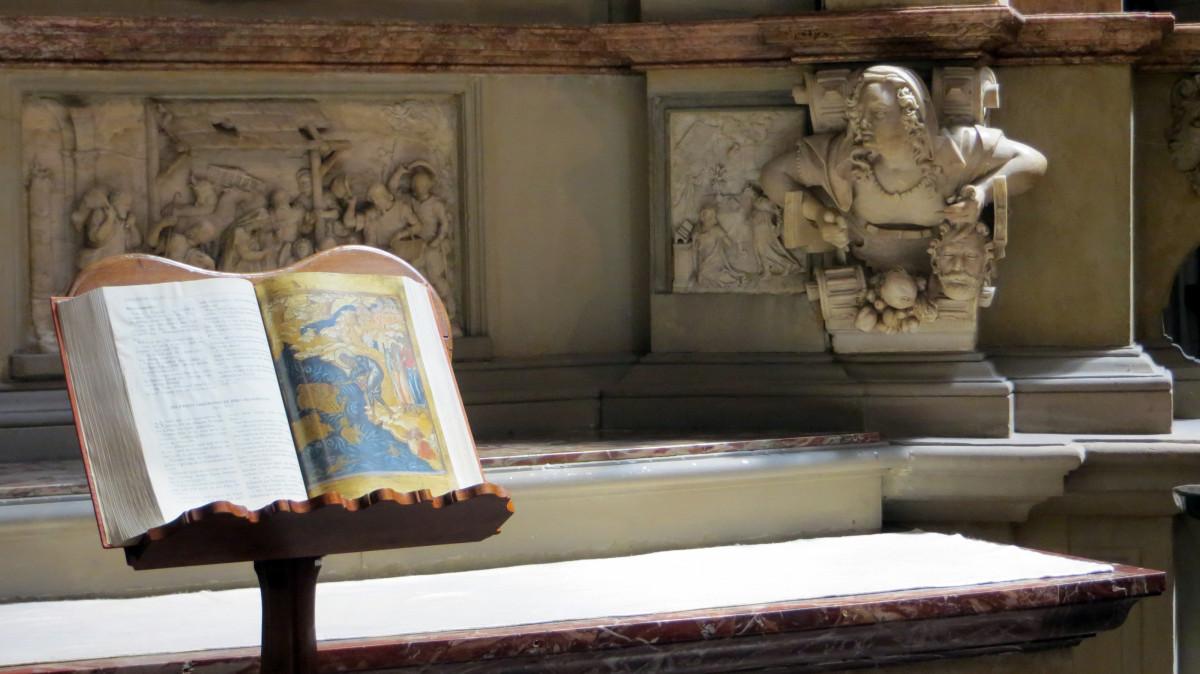 Gratis afbeeldingen hout muur lezing museum kerk woonkamer meubilair kamer bijbel - Schilderij kamer ontwerp ...