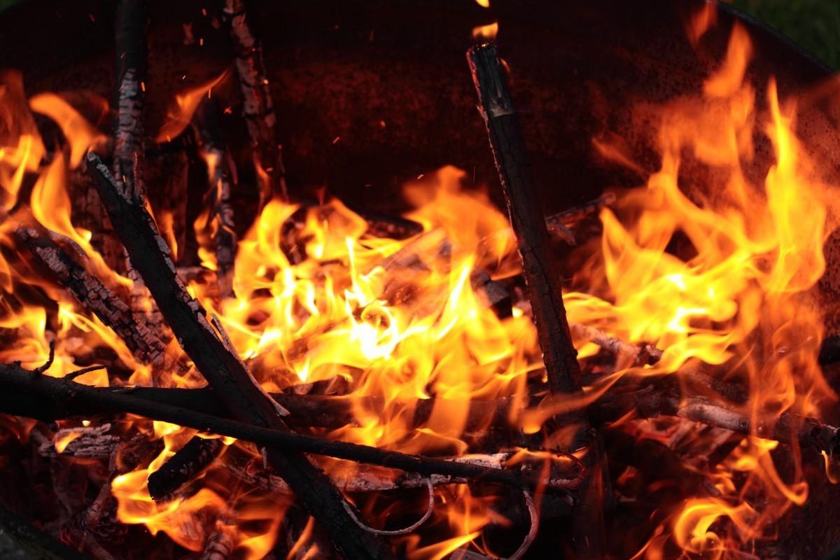 images gratuites fum e flamme chemin e lueur cendre. Black Bedroom Furniture Sets. Home Design Ideas