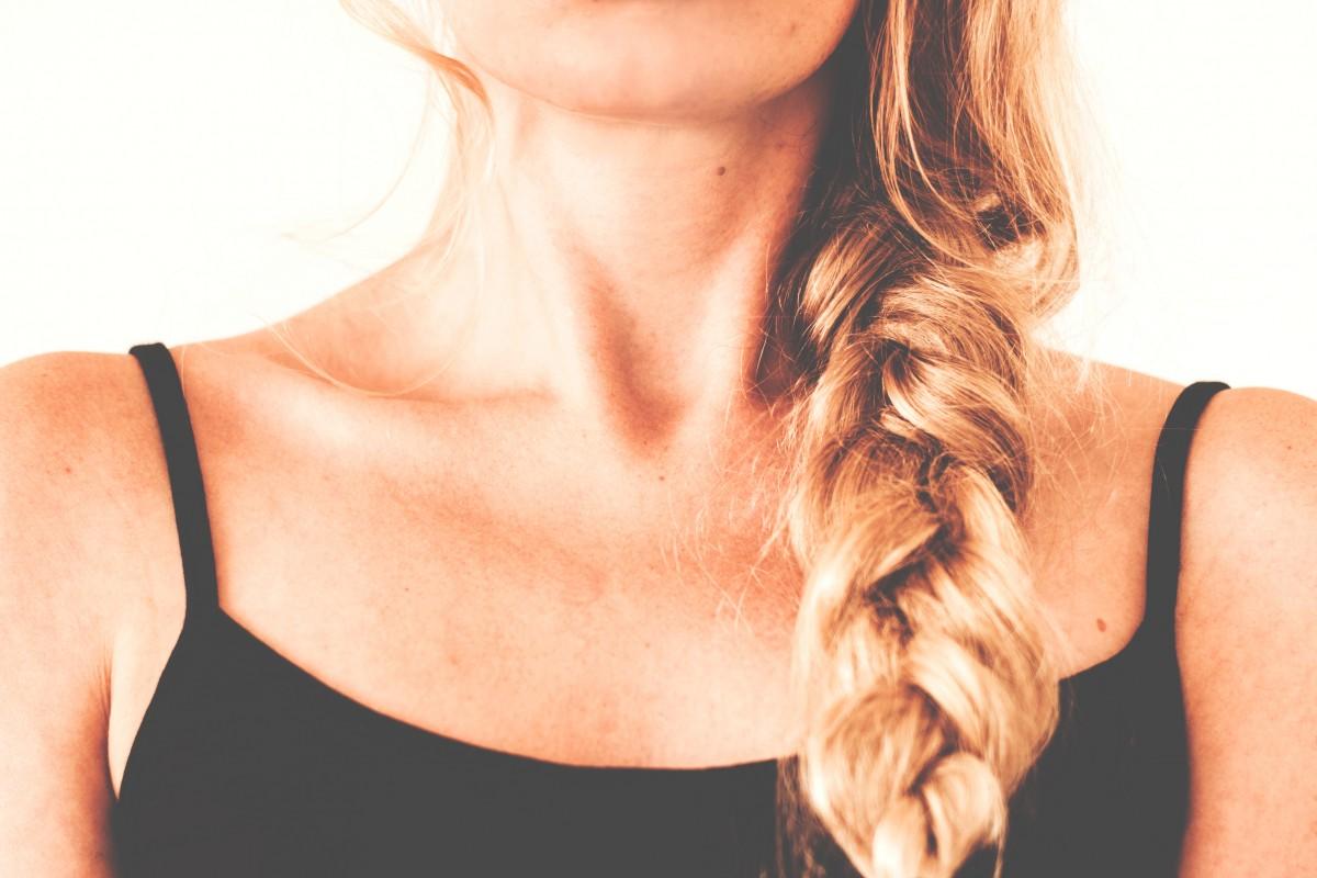 Фото девушек по шею