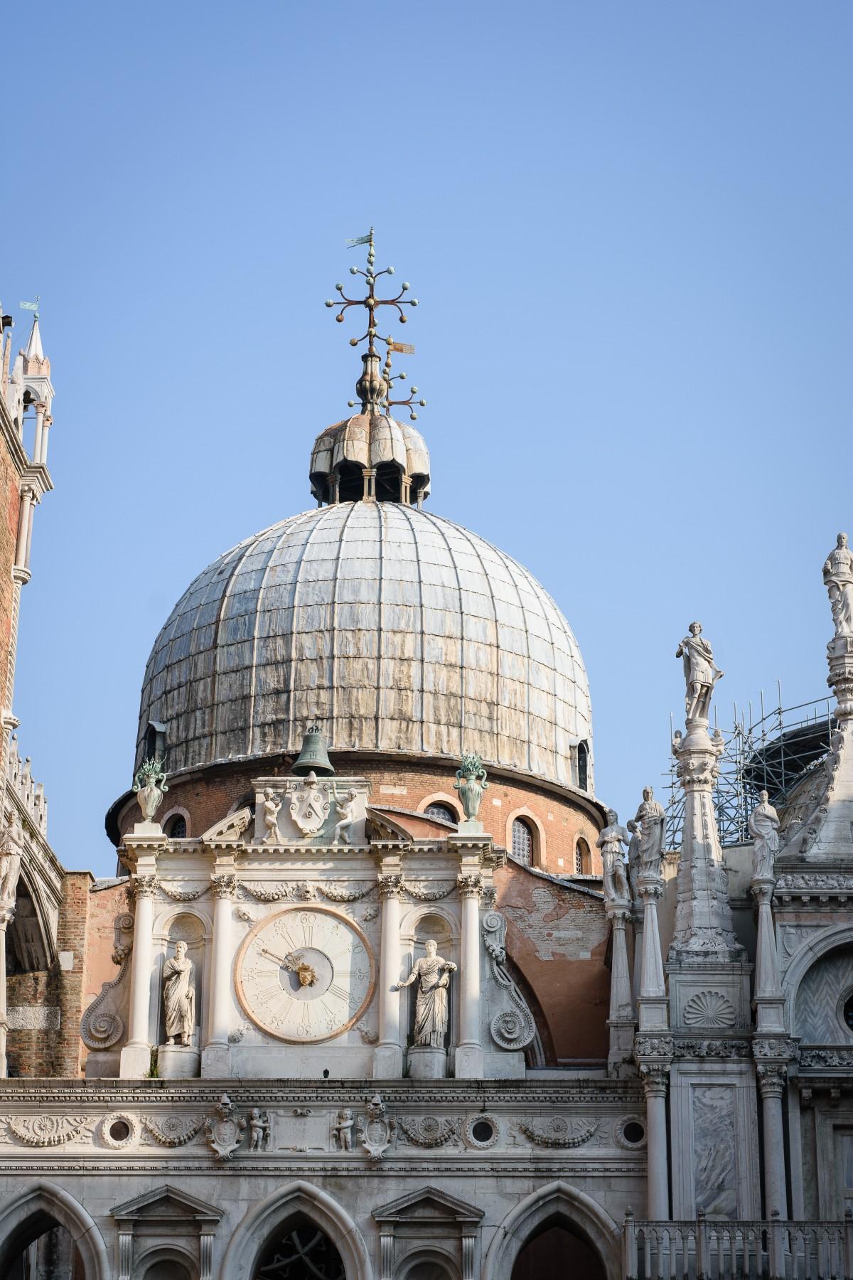 Kostenlose foto die architektur geb ude statue for Architecture italienne