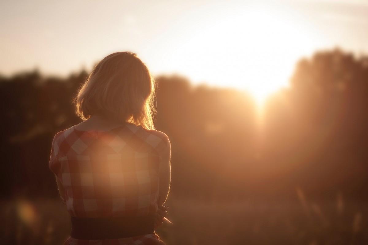 Фото девушек блондинки на закате, Блондинки: фото со спины 6 фотография