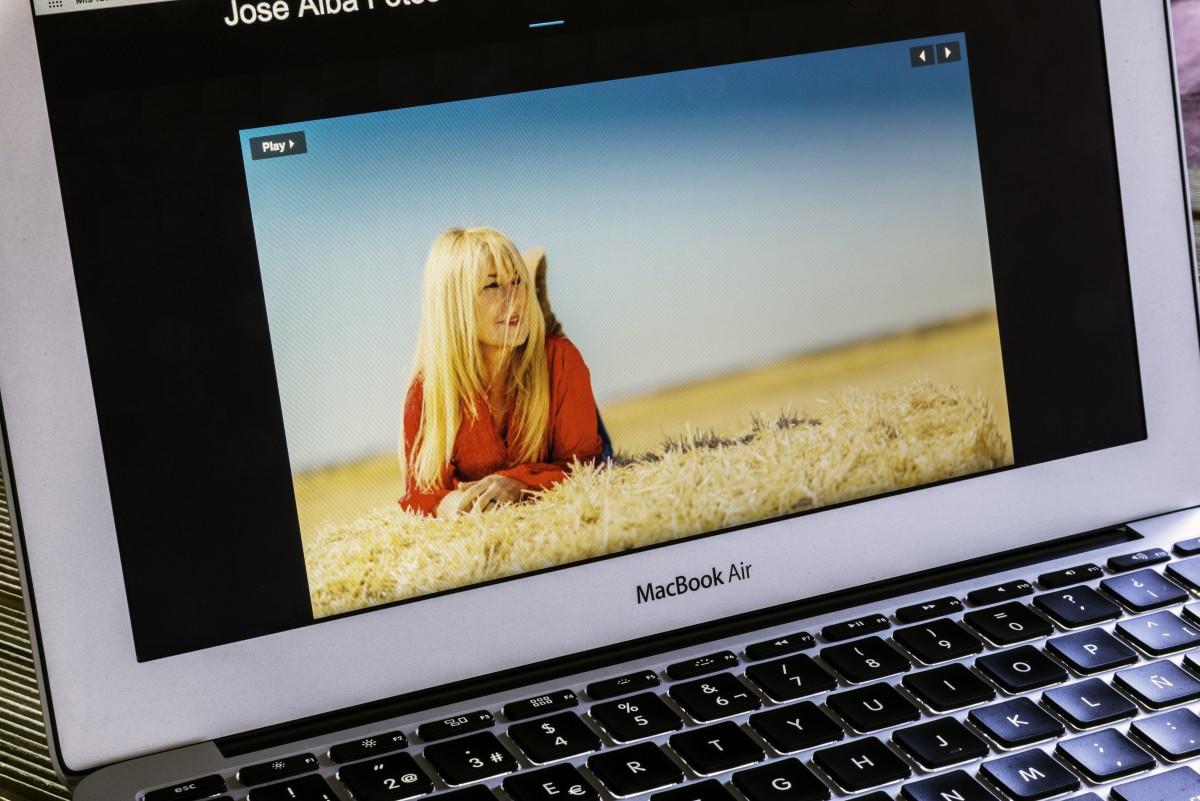 Gambar Laptop Mac Apel Keyboard Teknologi Mouse Alat