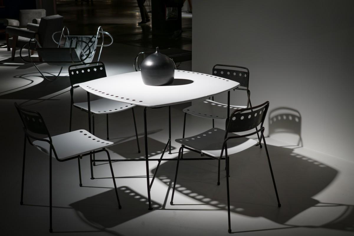 무료 이미지 : 책상, 표, 의자, 내부, 건물, 사무실, 빈, 가구, 방 ...