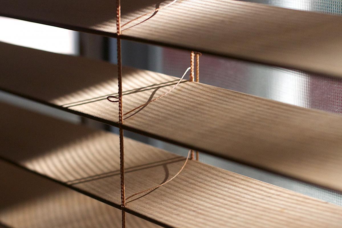 Fotos gratis mesa piso techo mueble iluminaci n for Diseno de iluminacion de interiores