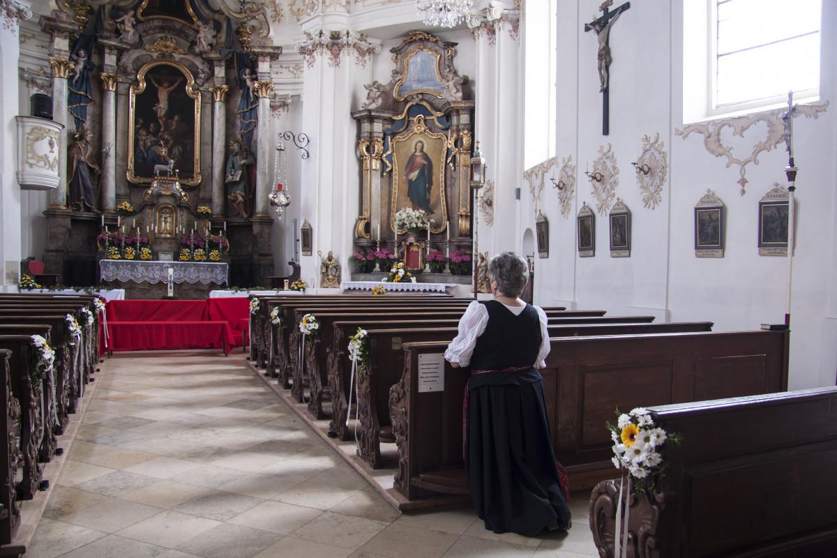người Kiến trúc đàn bà Tòa nhà giống cái Tôn giáo Nhân loại nhà thờ Chùa Nơi thờ phụng Lễ bàn thờ Cầu nguyện Sự thánh thiện Bavaria Đá quý Baroque Trong lời cầu nguyện Nhào nặn