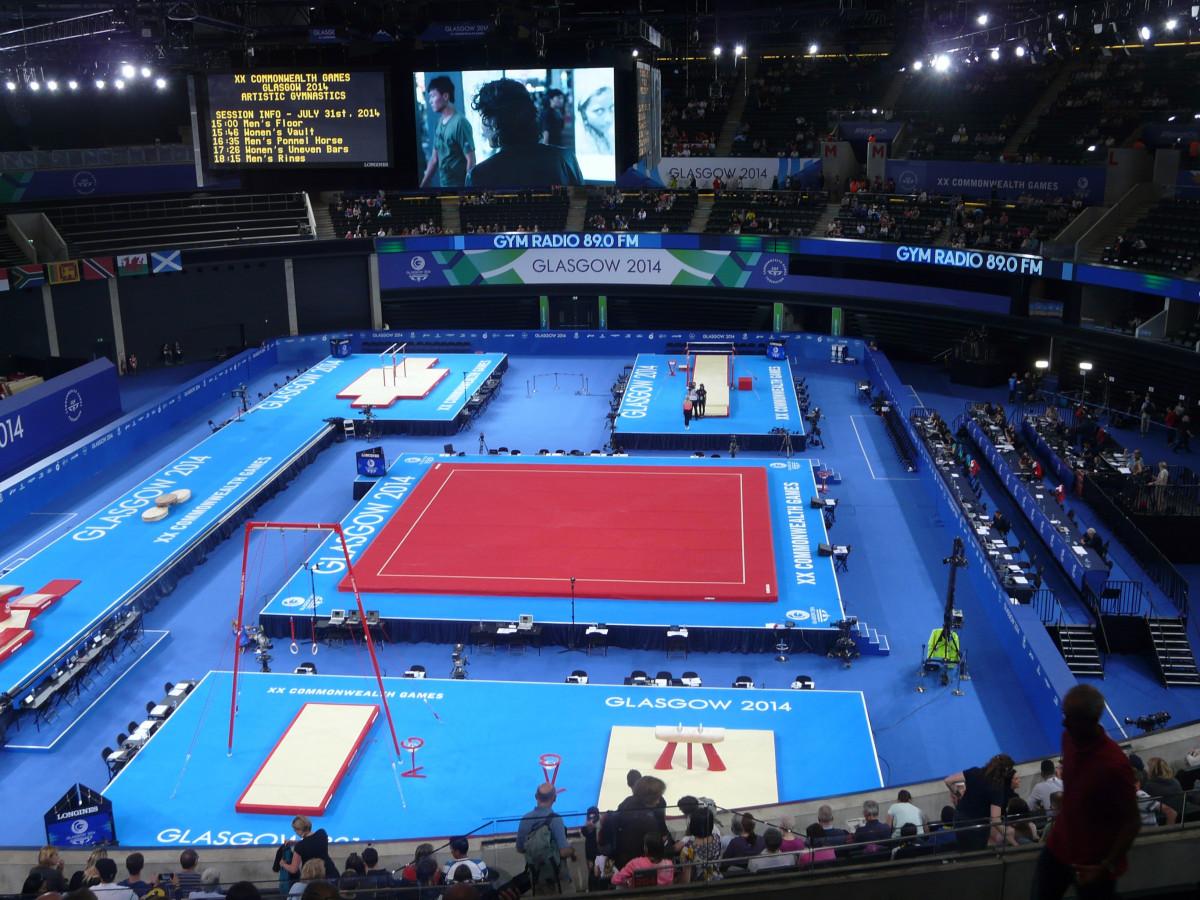 Fotos gratis estructura deporte formaci n ejercicio for Gimnasio arena