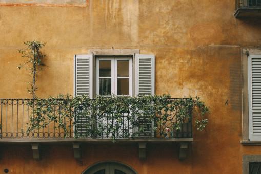 Fotos gratis : arquitectura, madera, casa, balcón, fachada, diseño de interiores, Lalaguna ...