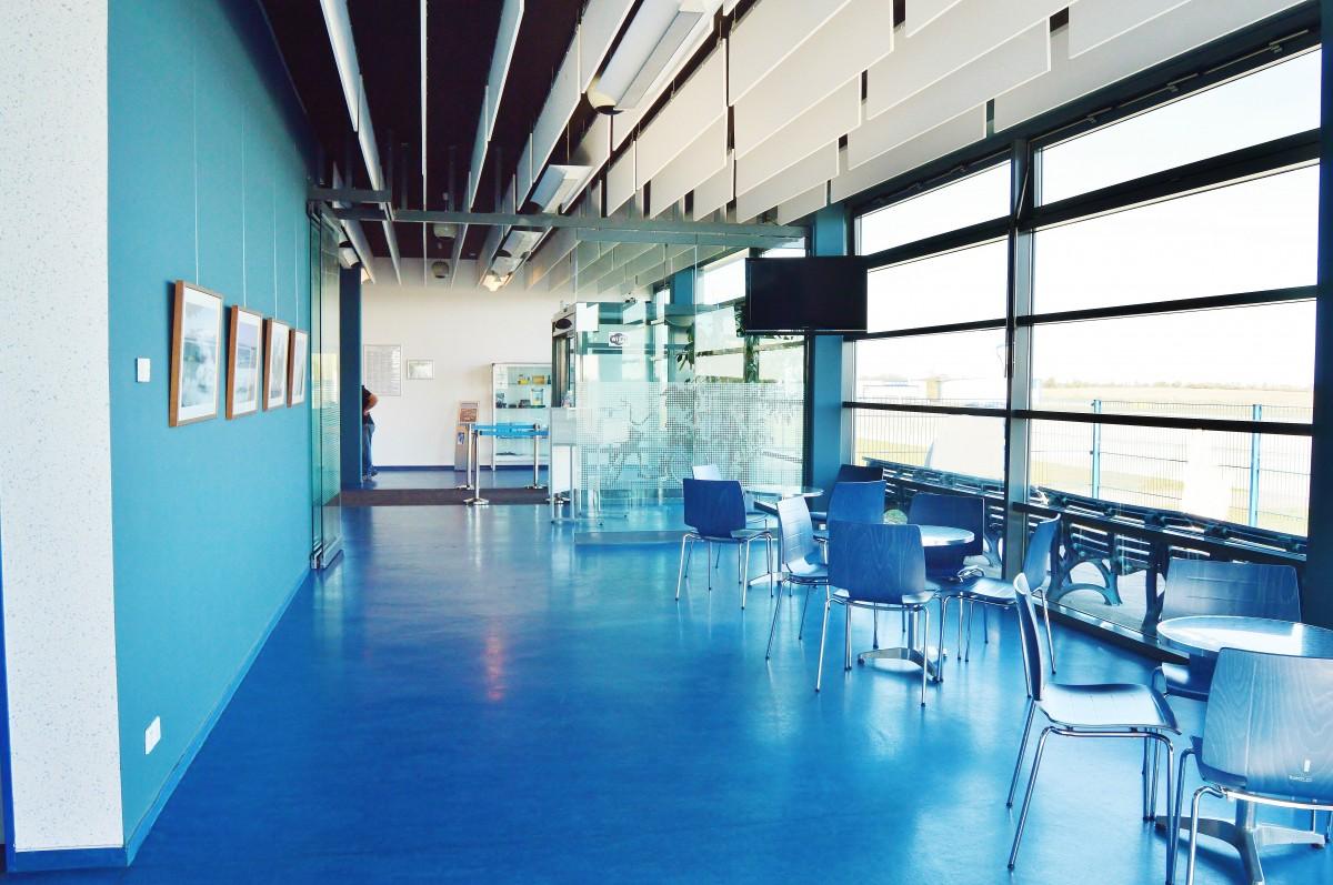 Free Images Restaurant Interior Design Waiting Room