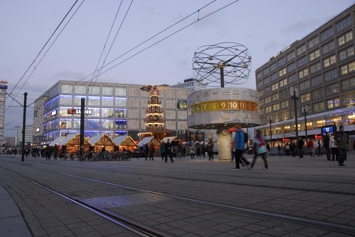 kostenlose foto promenade stadt gehweg tram transport fahrzeug seilbahn ffentlicher. Black Bedroom Furniture Sets. Home Design Ideas