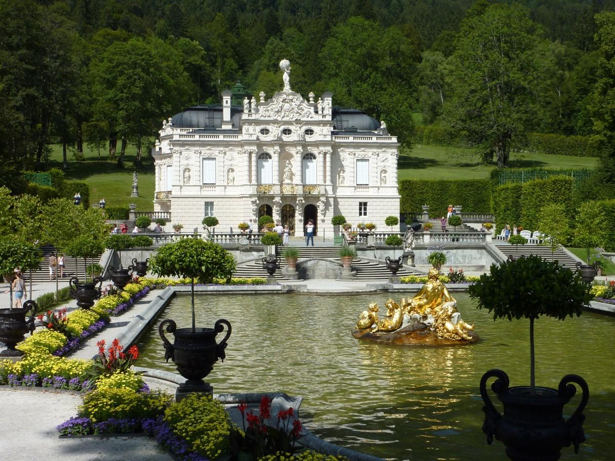 раз подумайте замки с фонтанами красивые картинки одном фотохостингов