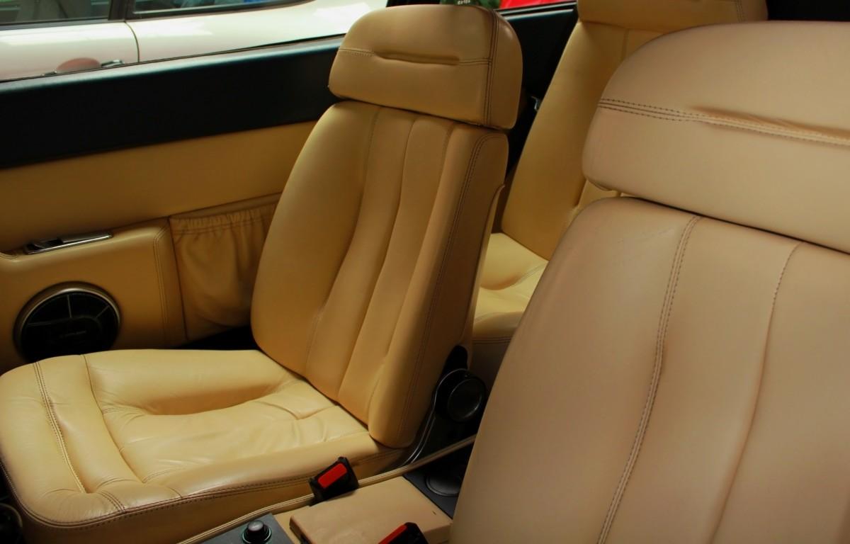 images gratuites int rieur v hicule auto sportif. Black Bedroom Furniture Sets. Home Design Ideas