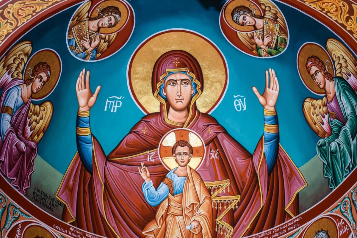 Прощена неділя: Івано-франківський священик розповів хто і у кого має просити прощення