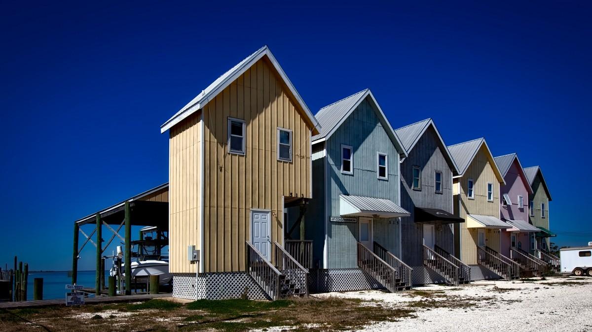 Images gratuites bois maison passerelle cabane chalet couleur vacances color afrique - Maison de vacances islande ...
