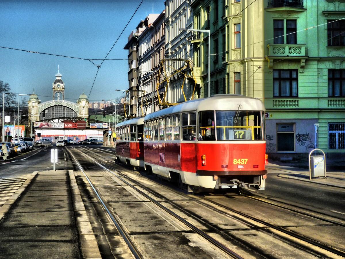 Картинка с трамваем
