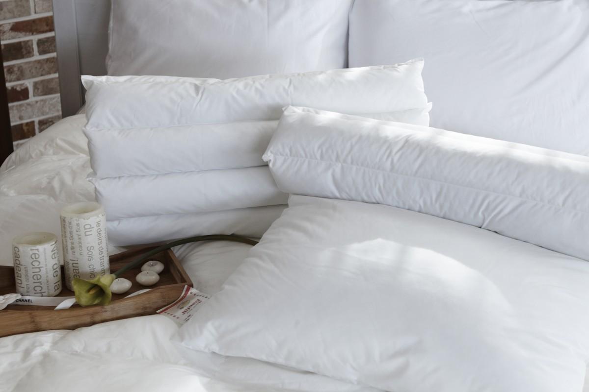Ingyenes képek : fehér, bútor, párna, hálószoba, anyag, paplan ...