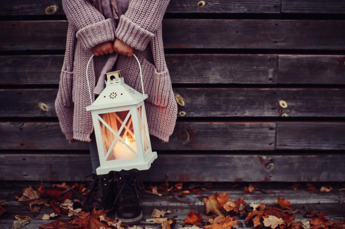 images gratuites bois lanterne l 39 automne bougie en. Black Bedroom Furniture Sets. Home Design Ideas