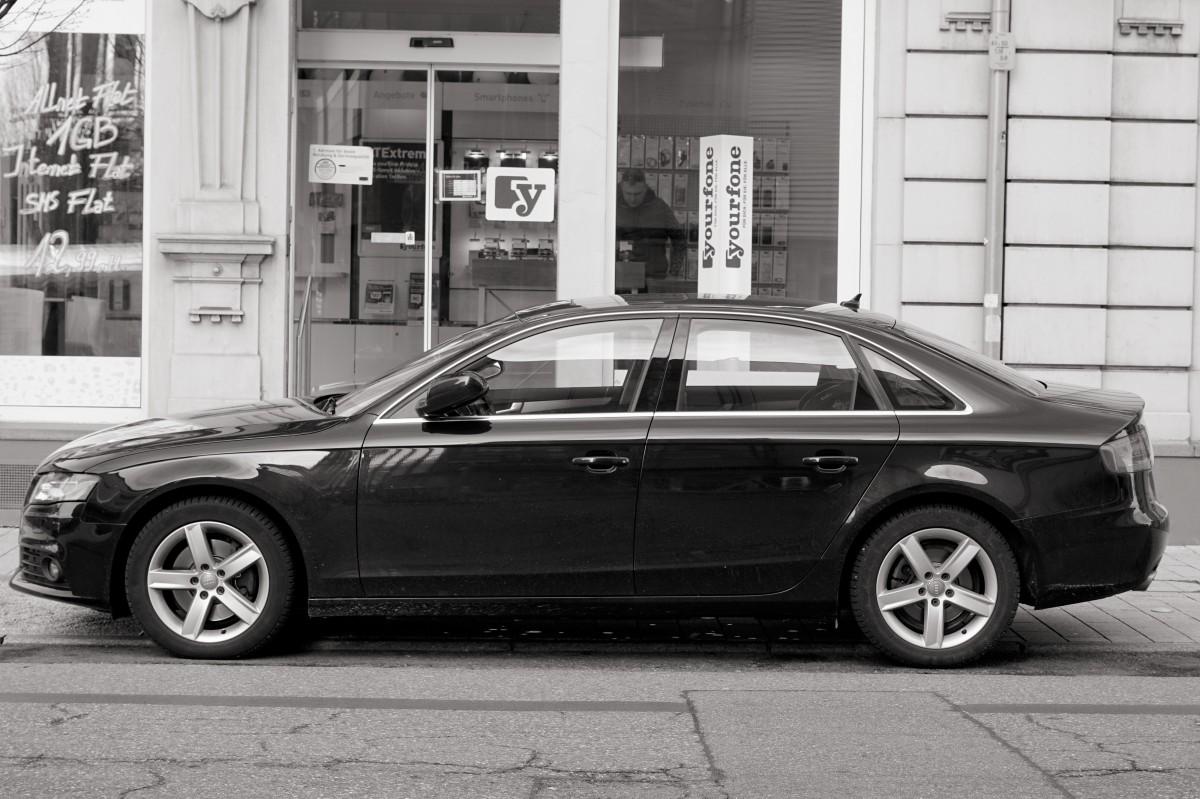 Fotos gratis : coche, rueda, parque, metal, auto, negro, reja ...