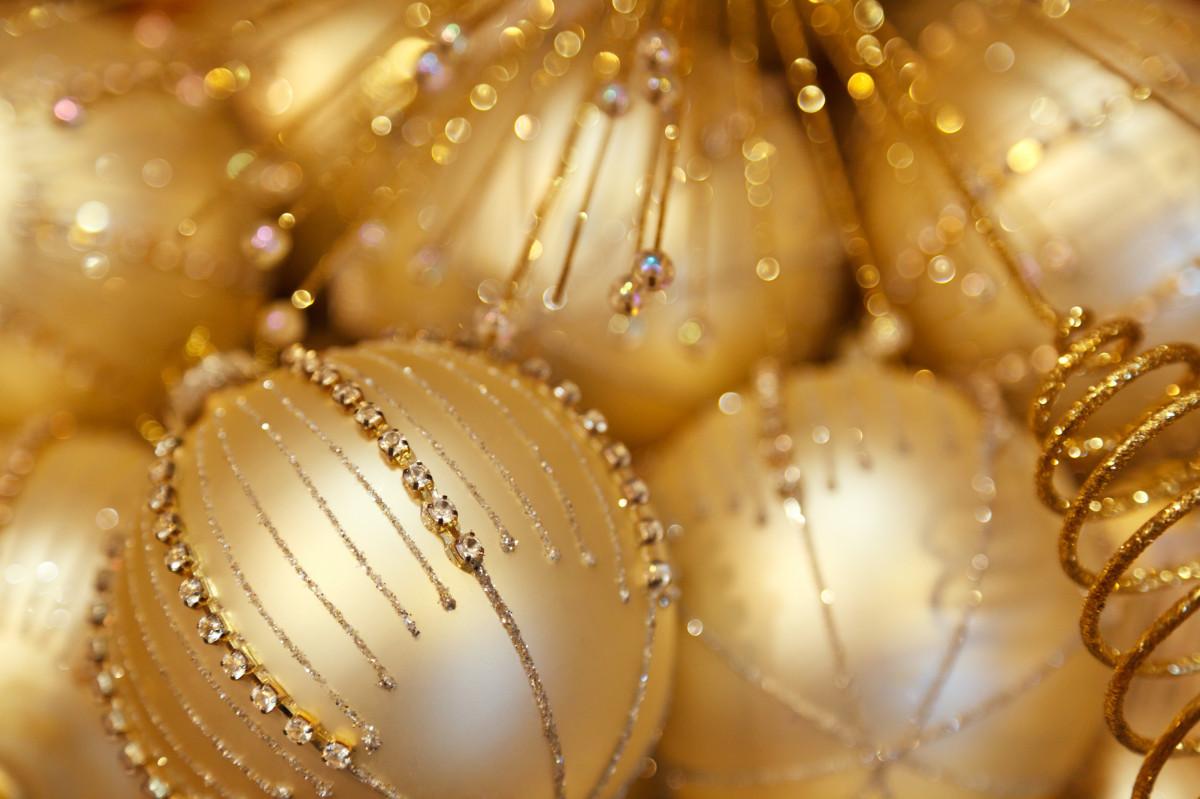 картинки с золотыми шарами после разблокировки никто