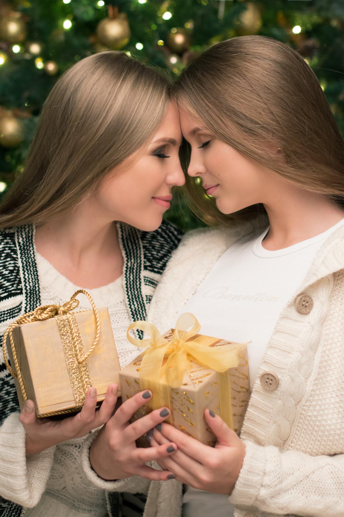 Три блондинки и подарок 39
