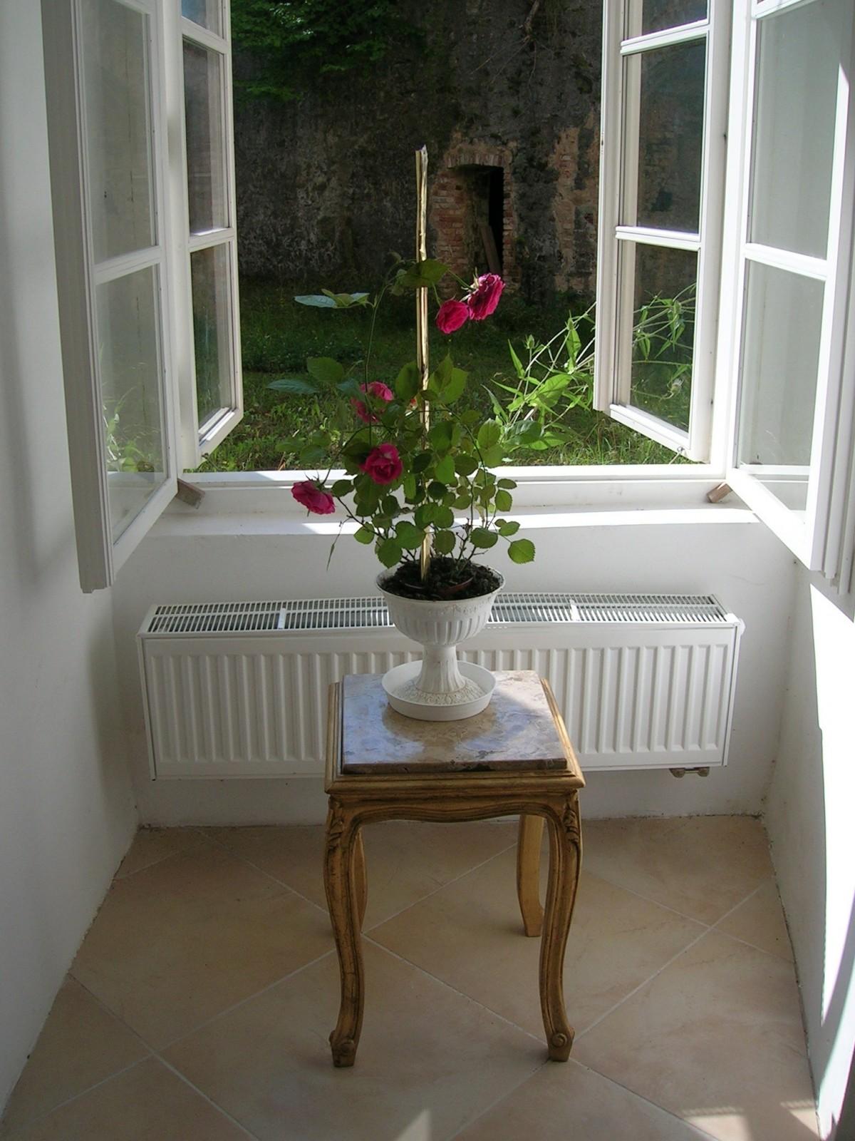 Kostenlose foto tabelle holz stock fenster zuhause veranda h tte romantisch wohnzimmer - Holz hartegrade tabelle ...