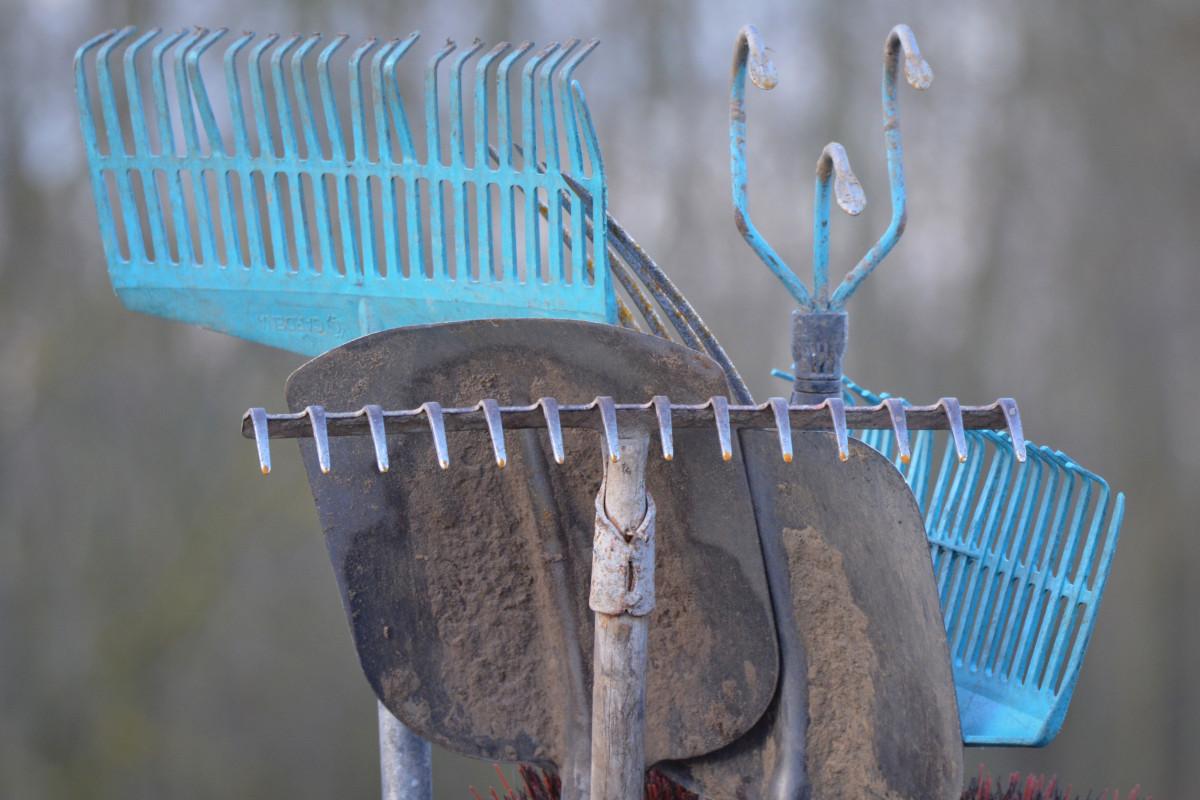 bleu éclairage art outils bêche pelle râteau outils de jardin Fournitures de jardin